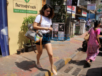 Fatima Sana Sheikh spotted at farmers' cafe Bandra