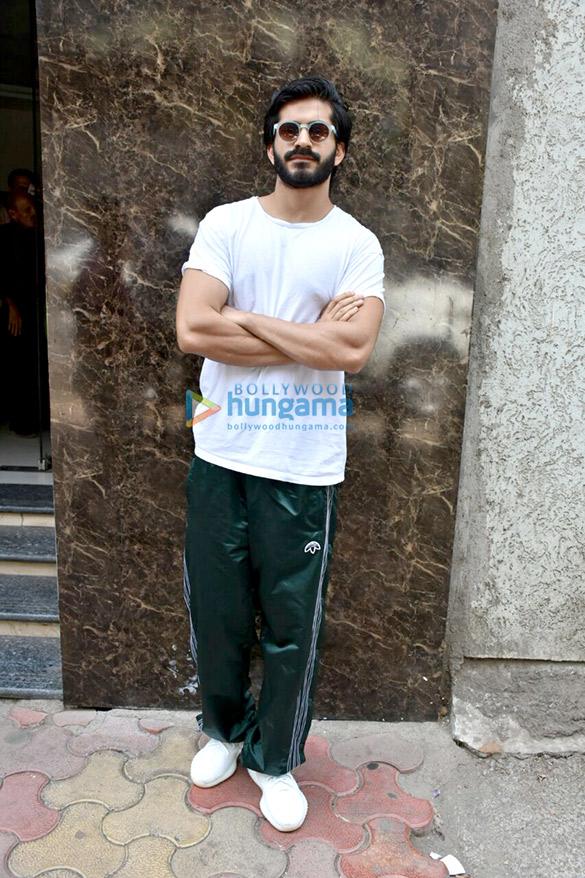 Harshvardhan Kapoor spotted in Parel