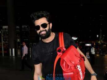 Karan Johar, Dharmendra and others snapped at the airport