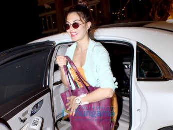 Karan Johar, Jacqueline Fernandez, Arjun Kapoor and others spotted at Sonam Kapoor's house in Juhu