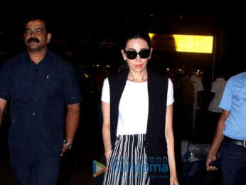 Kareena Kapoor Khan, Saif Ali Khan, Karisma Kapoor and Anushka Sharma snapped at the airport