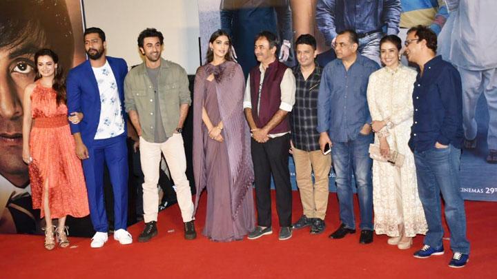 """Rajkumar Hirani """"Iss film mein bahut drama hai magar…"""" Sanju Trailer Launch"""