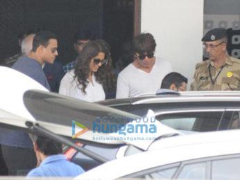 Akshay Kumar, Raveena Tandon and Suniel Shetty snapped at the airport