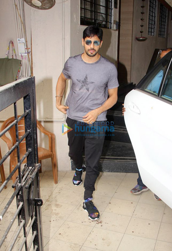 Sidharth Malhotra snapped at the Matrix office