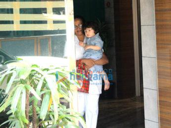 Taimur Ali Khan snapped at his play school