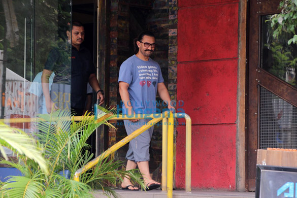 Aamir Khan spotted at a spa (6)