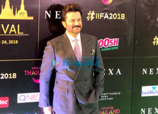 Kriti Sanon, Shraddha Kapoor, Anil Kapoor, Varun Dhawan and others snapped at the green carpet of IIFA Rocks 2018