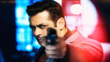 Box Office Race 3 crashes further on Day 6; likely to end day with approx. Rs. 7 cr