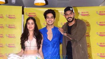 Dhadak duo Ishaan Khatter and Janhvi Kapoor launch 'Zingaat' song