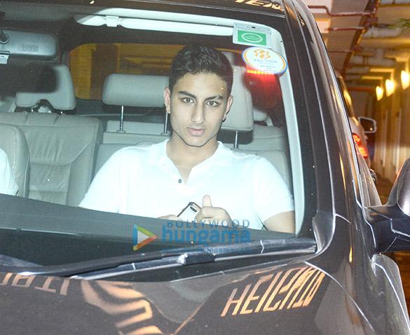 Ibrahim Ali Khan, Soha Ali Khan and Kunal Kemmu snapped at Saif Ali Khan's apartment in Bandra