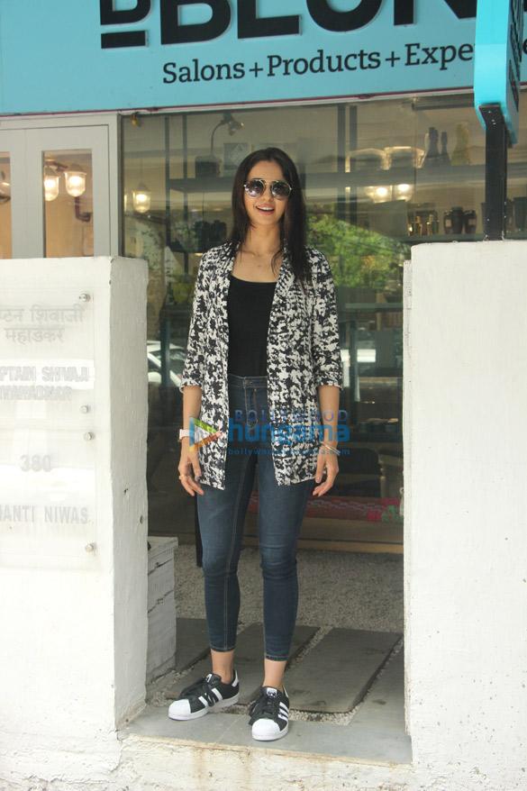 Rakul Preet Singh snapped at BBlunt salon