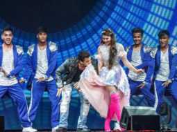 WATCH: Salman Khan and Jacqueline Fernandez recreate 'Jumme Ki Raat' on DaBangg Reloaded Tour