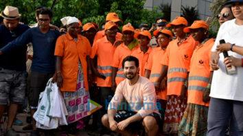 Varun Dhawan participates in the beach clean-up drive in Juhu