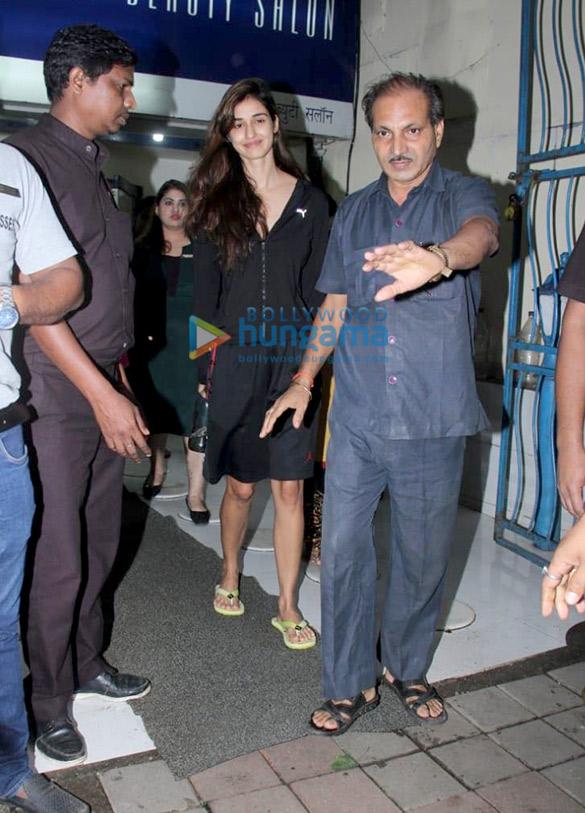Disha Patani spotted at a salon in Bandra (2)