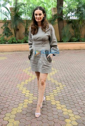 Evelyn sharma snapped in Mumbai
