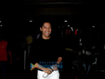 Celebs grace the special screening of Dhadak at Yashraj Studio