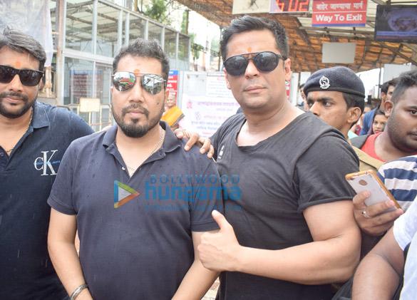 Mika Singh and Ranjha Vikram Singh snapped at Siddhivinayak temple