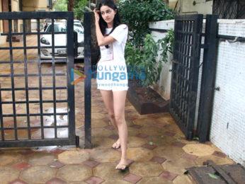 Ranveer Singh, Rhea Chakraborty and Ananya Pandey snapped in Bandra