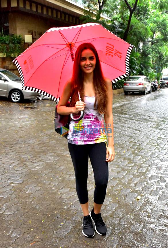Shazahn Padamsee snapped after gym in Bandra
