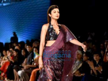 Shilpa Shetty walks the ramp for Amit Agarwal at India Couture Week 2018