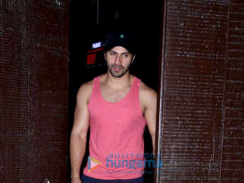 Varun Dhawan snapped at gym