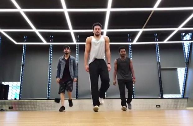 WATCH: Tiger Shroff would definitely impress Salman Khan with new dance version of 'Aksa Beach'