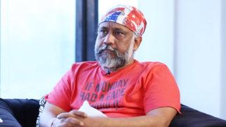 "Anubhav Sinha ""I want to show SHAH RUKH KHAN Mulk but…"""