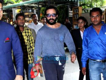Arjun Kapoor and Alia Bhatt snapped at the airport