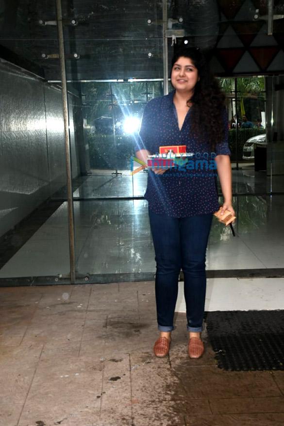 Arjun Kapoor and Harshvardhan Kapoor snapped at Janhvi Kapoor's house for Rakshabandhan