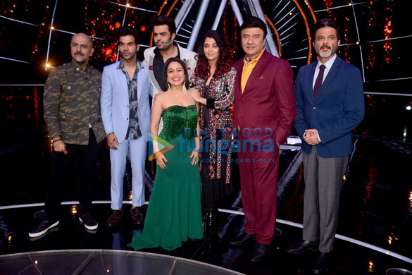Cast of the film Fanney Khan snapped promoting their film on sets of Indian Idol 10