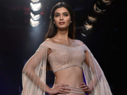 Diana Penty, Sonu Sood & Lisa Hayden walk the ramp on DAY 5 of Lakme Fashion Week