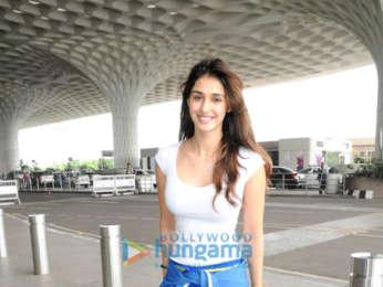 Disha Patani and Yami Gautam and others snapped at the airport