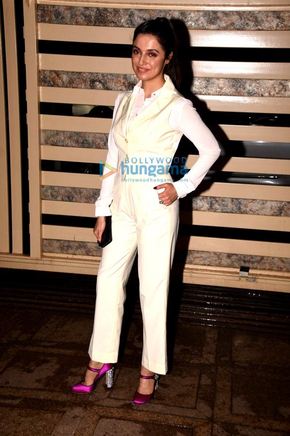 Kanika Kapoor snapped at her birthday bash | Parties ...