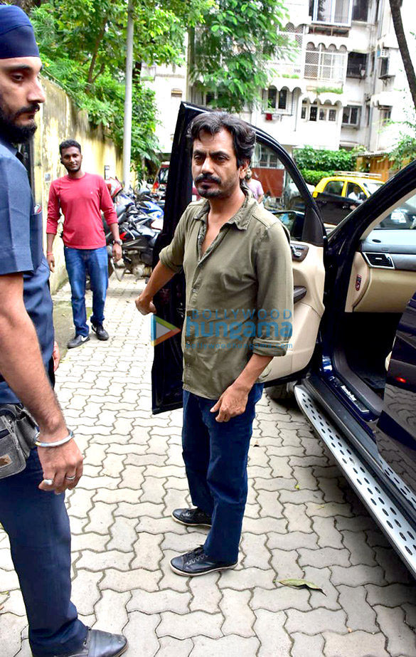 Nawazuddin Siddiqui snapped in Bandra for a shoot