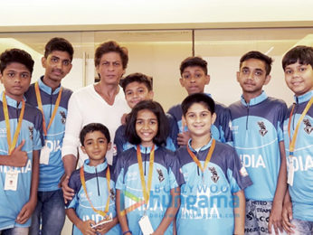 Shah Rukh Khan meets survivors of childhood cancer