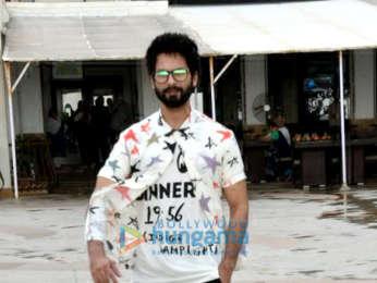 Shahid Kapoor snapped at Juhu