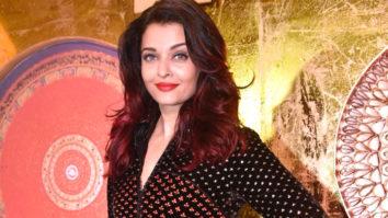 Aishwarya Rai Bachchan, Sonu Nigam and Ronit Roy grace the IMC Ladies Exhibition Part 2