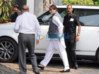 John Abraham, Amitabh Bachchan and others snapped at the airport