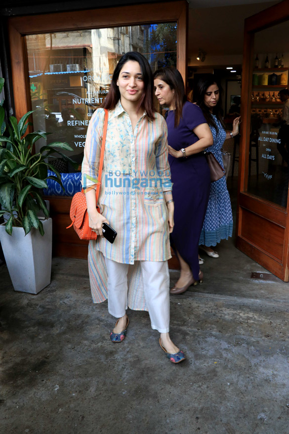 Fatima Sana Shaikh, Tamannaah Bhatia, Sonal Chauhan and others spotted in Bandra (2)