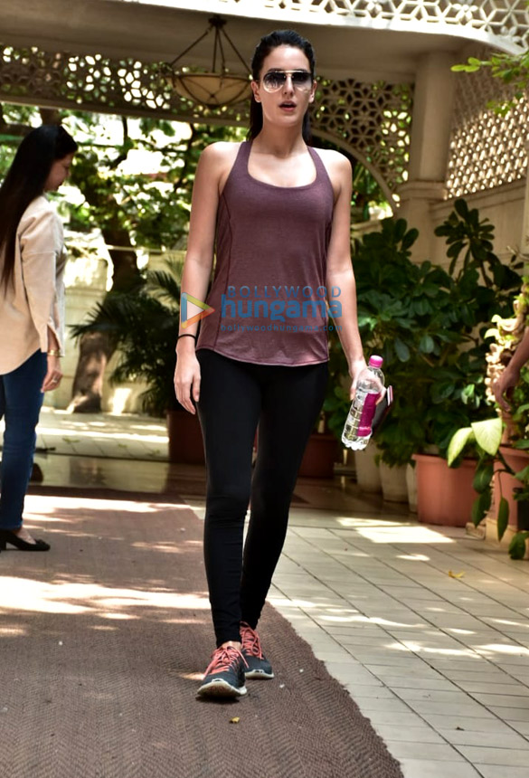Isabel Kaif spotted at the gym in Bandra (2)
