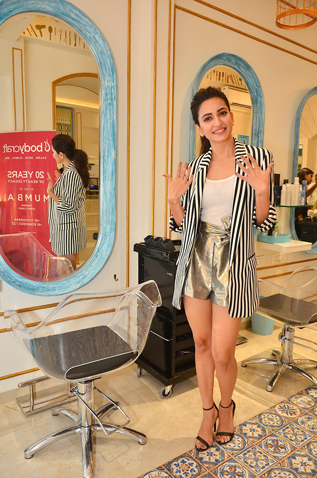 Kriti Kharbanda in Forever 21 and Zara for a salon opening in Mumbai (1)
