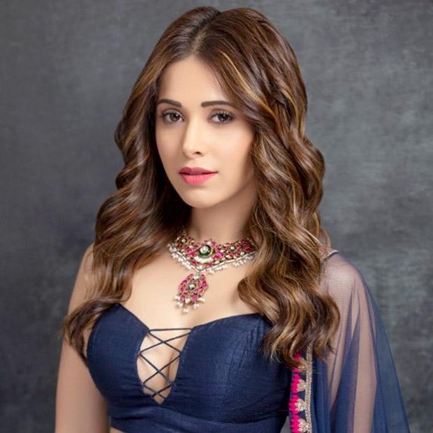 Nushrat Bharucha in Arpita Mehta for a friend's sangeet (5)