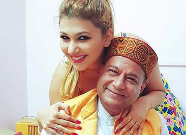 SHOCKING: Anup Jalota's relationship with Jasleen Matharu nothing but a publicity stunt on Bigg Boss 12?