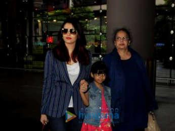 Shraddha Kapoor, Sunny Leone, Parineeti Chopra and others snapped at the airport
