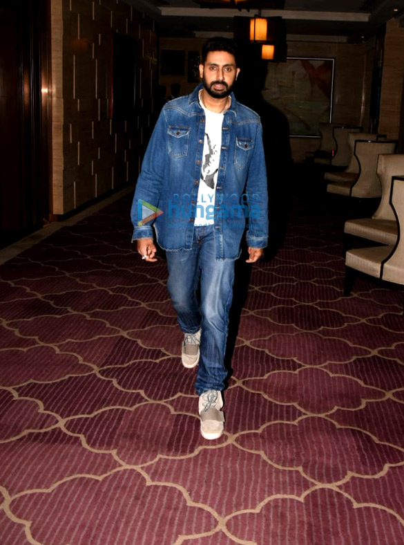 Taapsee Pannu, Abhishek Bachchan and Vicky Kaushal snapped in Juhu