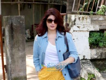 Twinkle Khanna and Divya Dutta spotted at Kromakay salon in Juhu