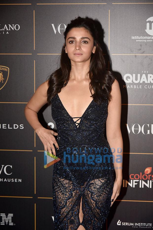 Alia Bhatt in Roberto Cavalli for Vogue Women of the Year Awards 2018 (7)