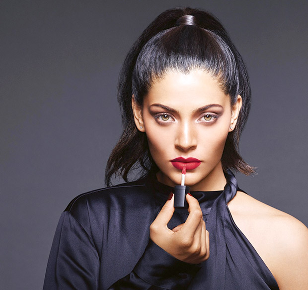 Avon signs Saiyami Kher as the face of the brand 'Mark'