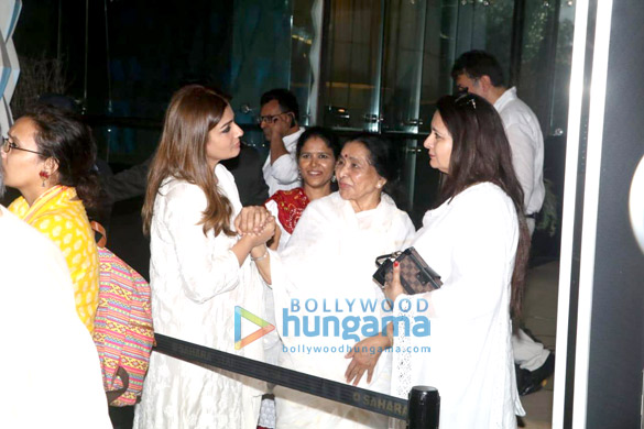Celebs attend the prayer meet of late Krishna Raj Kapoor at Sahara Star hotel-01 (14)