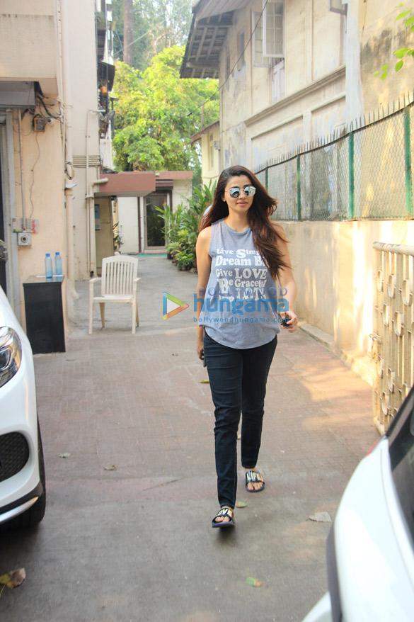 Daisy Shah snapped at Sohail Khan's office